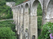 Spoorbrug bij Bolozon