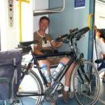 Rolph in de trein naar Neerpelt